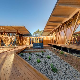 Strongbuild / Murray Fredericks | © Strongbuild / Murray Fredericks